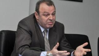 Források: Lucian Șova iktatta lemondását a kormányfő kabinetjében