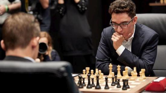 Sakkvilágbajnoki döntő: rájátszás dönt a 12. döntetlen után
