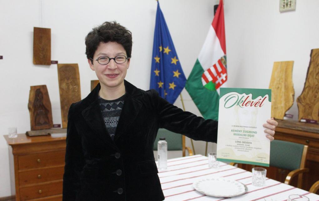 Láng Orsolya kapta a Helikon Kemény Zsigmond-díját
