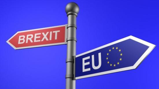 Brexit – Kormánypárti és ellenzéki képviselők kezdeményeznek újabb népszavazást