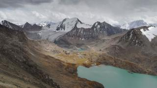Kazahsztán és Kirgizisztán: betekintés a nomád múltba és a modern jövőbe