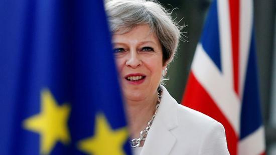 Elhalasztják a keddre kitűzött parlamenti szavazást a Brexit-megállapodásról?