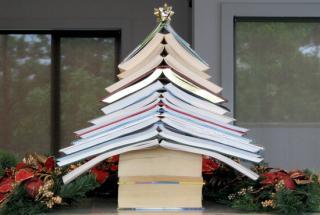 Karácsonyi könyvbemutató a Sapientia Jogtudományi Intézeténél