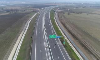 Átadták a Radnót és Nyárádtő közötti autópálya szakaszt