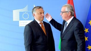 Juncker: európai uniós vezetőktől is származnak álhírek, például Orbán Viktortól