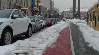 VIDEÓ - Mégis, ki biciklizik télen?