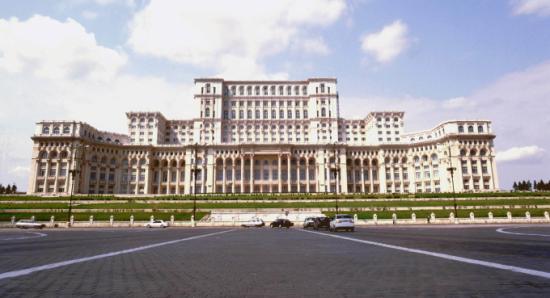 Meghalt a Ceaușescu által lebontásra ítélt templomok egy részét