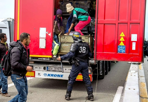 Menekülni próbáltak a migránsok Romániából