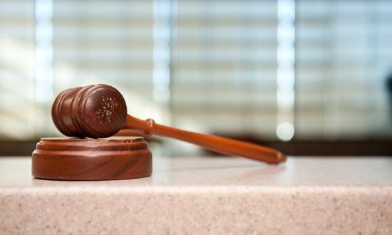Akadozik az igazságszolgáltatás a törvénytelenségek miatt