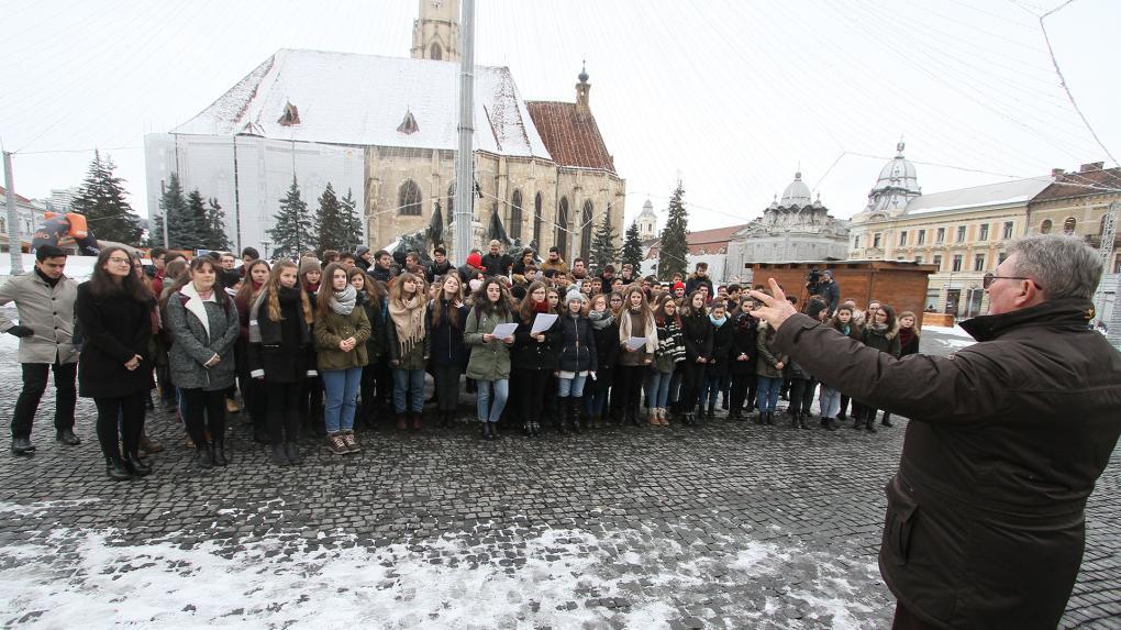 Erdélyi magyar művészeket és műfordítót díjaznak