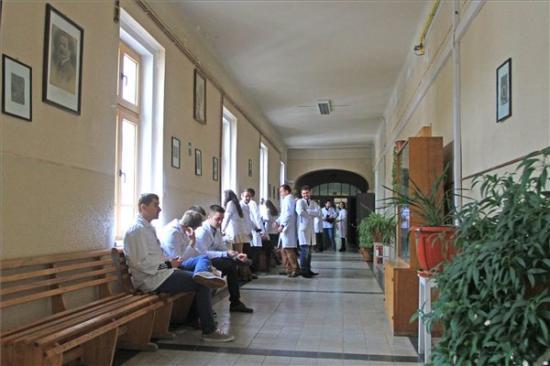 MOGYE-ügy - Eredménytelenül végződtek az egyetem és a magyar tagozat vezetése közötti tárgyalások
