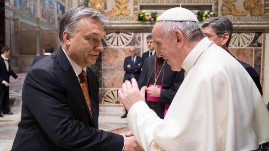 Adevărul: Orbán Viktor fogadja a pápát Csíksomlyón – Budapest cáfol
