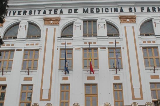 Erdélyi magyar pártok: Románia hozzon létre magyar orvosit