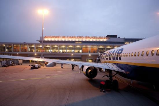 Törli szerdai brüsszeli járatait a WizzAir