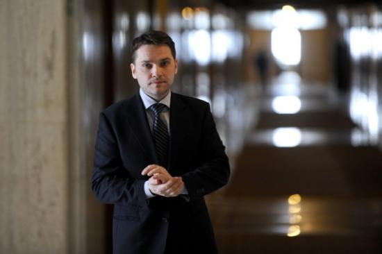 Jogi precedens: megsemmisítették a Şova ellen kimondott ítéletet