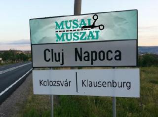 Boc válasza: magyar felirat a városházán? Csak ha kötelez a bíróság!