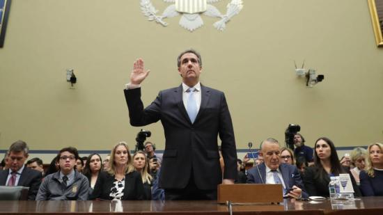 Két republikánus képviselő szerint Michael Cohen szándékosan hazudott a kongresszusban