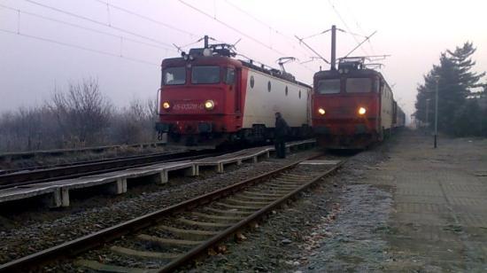 Kisiklott egy mozdony, nincsenek sérültek