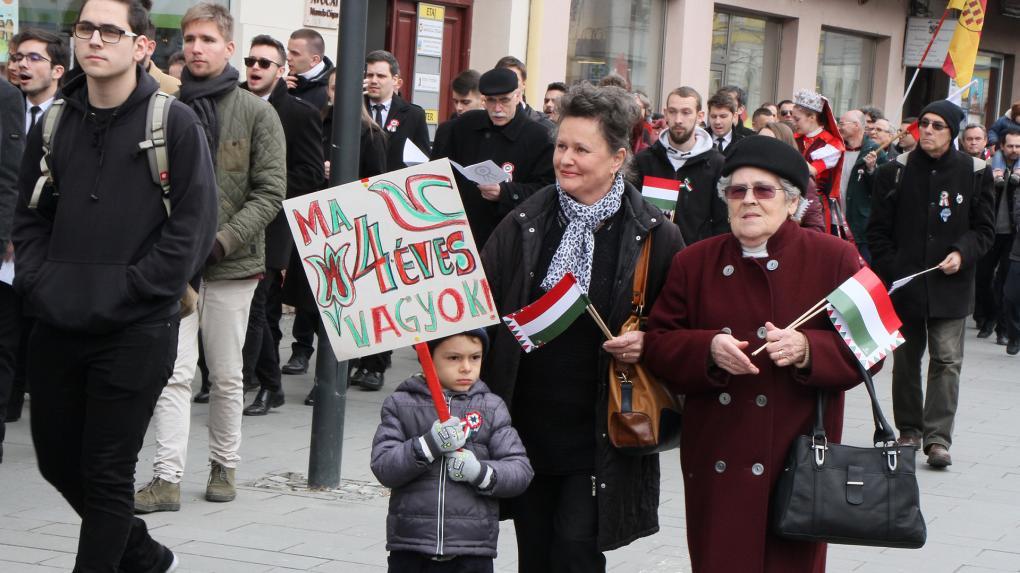 Egyre több fiatal ünnepli Kolozsváron március 15-ét