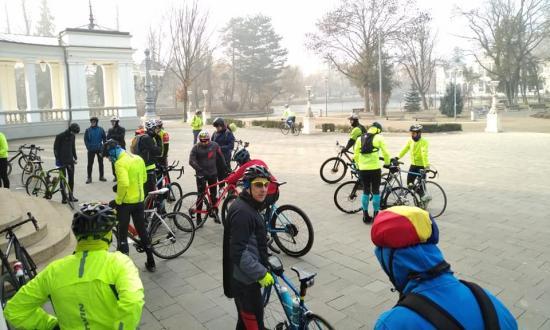 A tehetetlenség menete Kolozsváron egy műtétben elhunyt újságíró emlékére