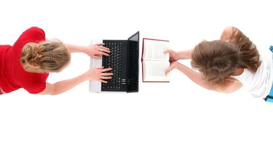 Hogyan olvasnak a diákok az internet és okostelefonok világában