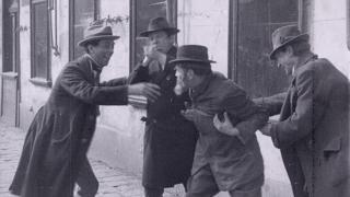 Kortárs zenei kísérettel mutatták be Párizsban a holokausztot előrevetítő 1924-es osztrák némafilmet