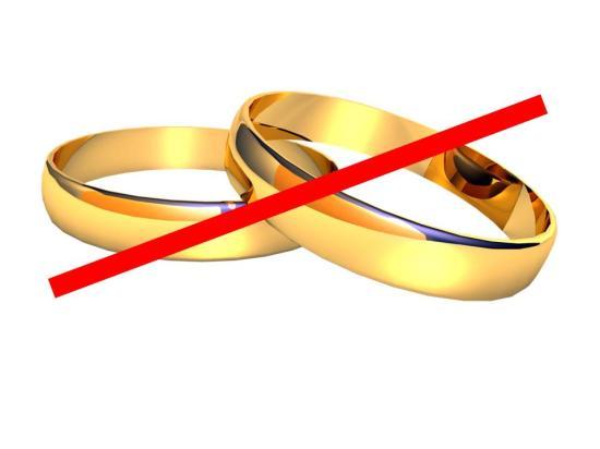 Elutasította a szenátus a bejegyzett élettársi kapcsolatról szóló törvényjavaslatokat