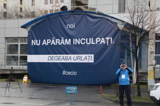 Szakszervezeti molinóháború: reptér kontra megyei tanács