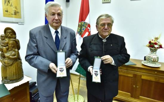 Március 15-i kitüntetést adtak át a kolozsvári magyar főkonzulátuson