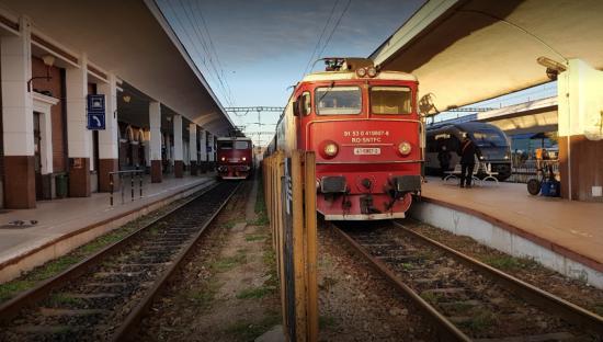 Nem befolyásolja a vonatok menetrendjét a nyári időszámításra való átállás