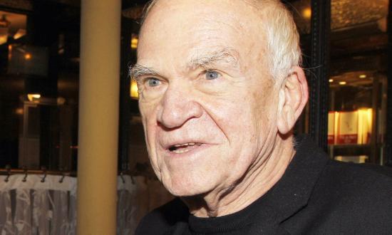 Milan Kundera cseh író, költő, esszéista 90 éves