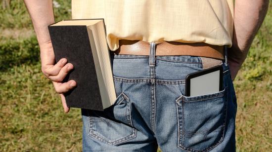Papírkönyv, e-könyv, élőkönyv – te melyiket választanád?