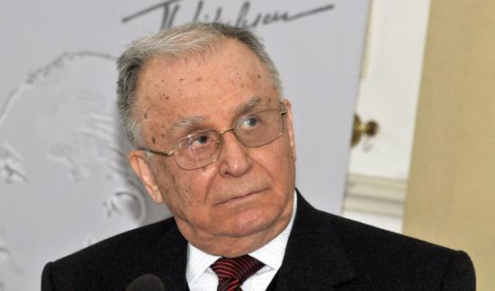 Vádat emeltek Ion Iliescu ellen az 1989-es forradalom ügyében