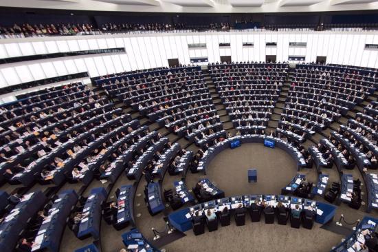 Az európai szocialisták befagyasztották kapcsolatukat a Romániában kormányon lévő tagpártjukkal
