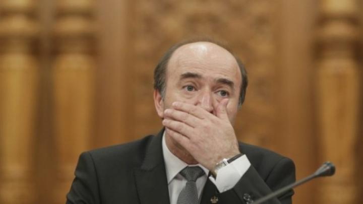 Toader kifakadt: későn kapták meg véleményezésre a kormányhatározatok tervezeteit