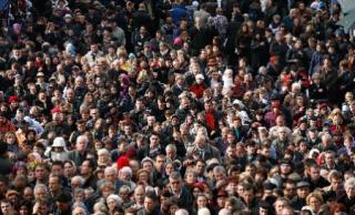 Mennyire csökken Románia népessége ...
