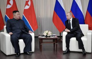 Putyin a román és a magyar útlevelekről is beszélt a Kim Dzsong Unnal folytatott eszmecsere után