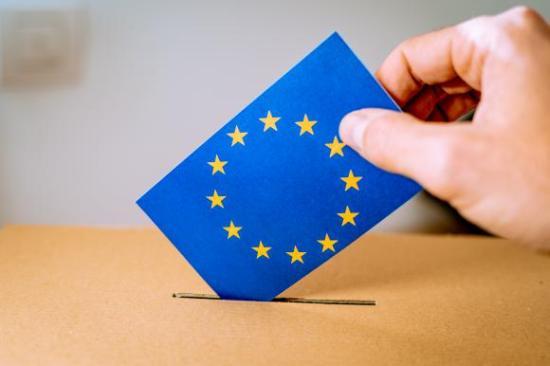EP-választások Romániában - Jobboldali győzelmet jósol az IMAS