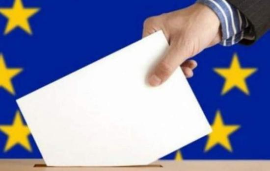 Megnőtt Romániában részvételi hajlandóság, a bejutási küszöb alatt mérik az RMDSZ-t