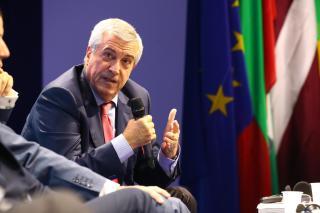 Tăriceanu: Timmermansnak le kellett volna mondania bizottsági tisztségéről a kampány idejére