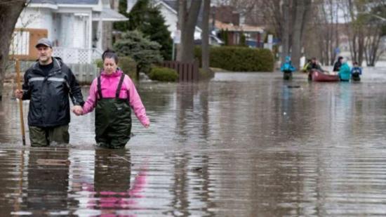 Másodfokú árvízriadó hat megye folyóin kedd délutánig, elsőfokú riasztás 22 megyében kedd éjfélig