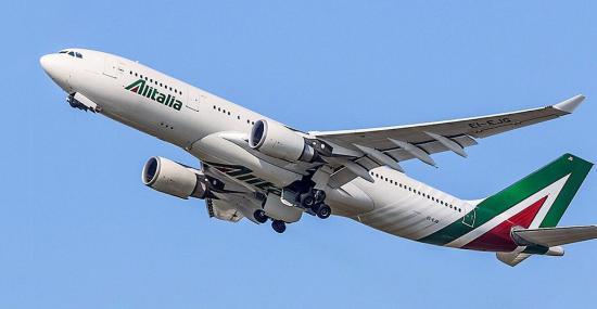 Sztrájk miatt törölte közel 300 járatát az Alitalia