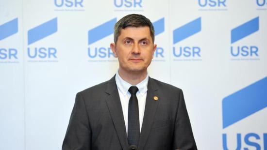 Barna (USR): Kérjük a kabinet azonnali lemondását – Dăncilă: Váltsanak le, ha tudnak!