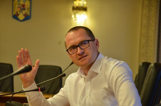 Korodi Attila: időszerű egy bizalmatlansági indítvány