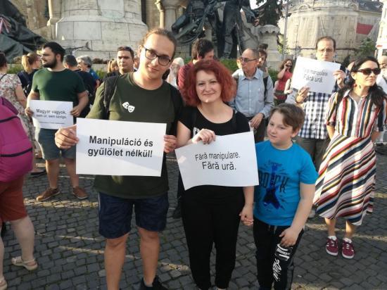 Etnikumközi szolidaritási tüntetés Kolozsváron