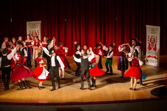 Évet zártak Kalotaszeg táncosai
