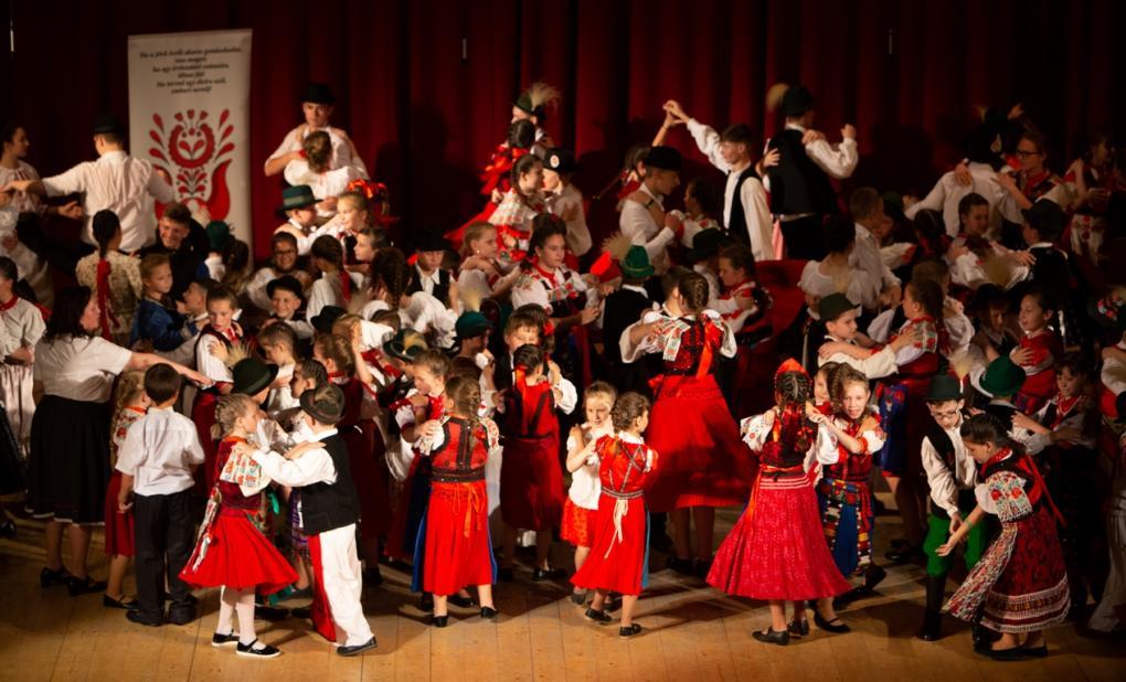 Pünkösdi táncünneppel zárták az évet az ifjú táncosok