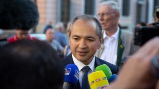 Román polgármestere lett egy németországi városnak