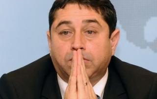 Felmentették a korrupcióval meggyanúsított volt belügyminisztert, Cristian Davidot