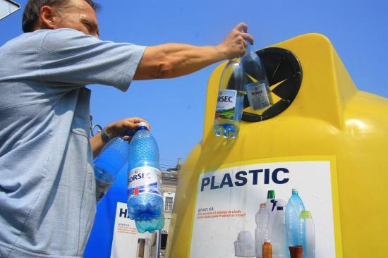 Júliustól kötelezővé válik a szelektív hulladékgyűjtés